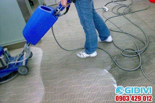 Dịch vụ giặt thảm văn phòng ở tphcm - GiDiVi